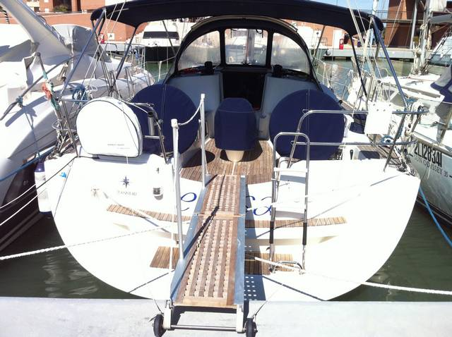 Sun Odyssey 42i Performance - 2009