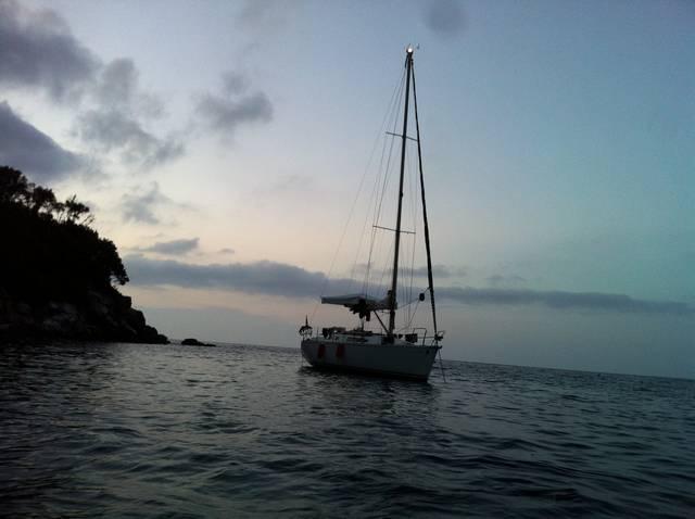 Circumnavigazione dell' Isola d'Elba antioraria (parte1 costa Nord)